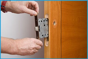 Lock Locksmith Services Noblesville, IN 317-462-5085